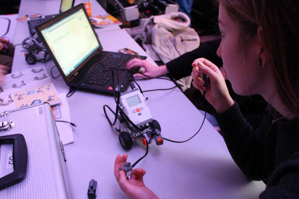 Ein Roboter Prototyp wurde gebaut.
