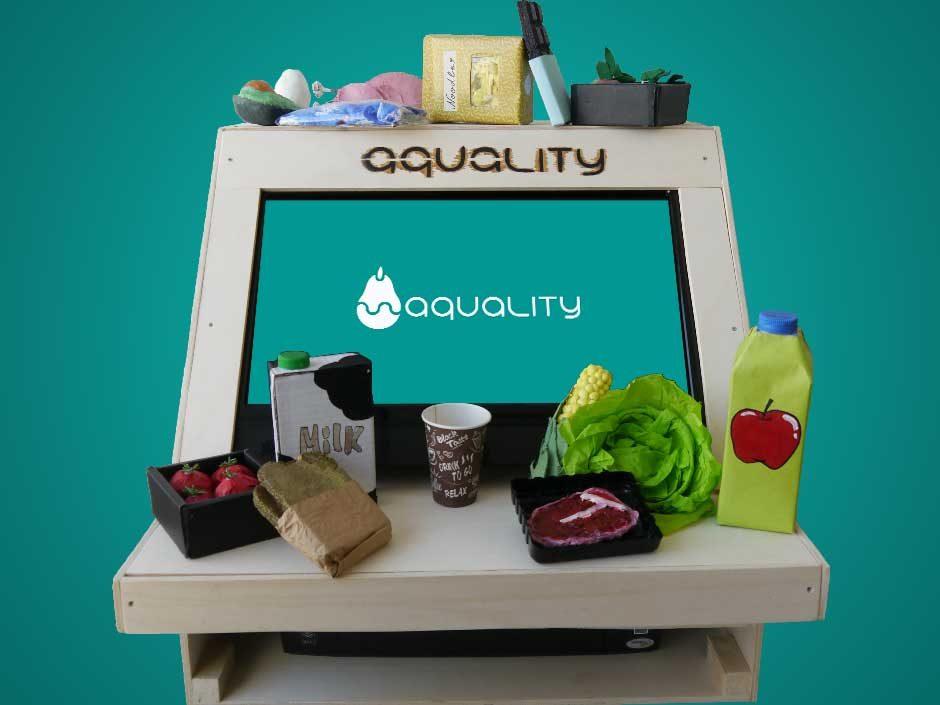 Aquality-Stand und Lebensmittel-Modelle