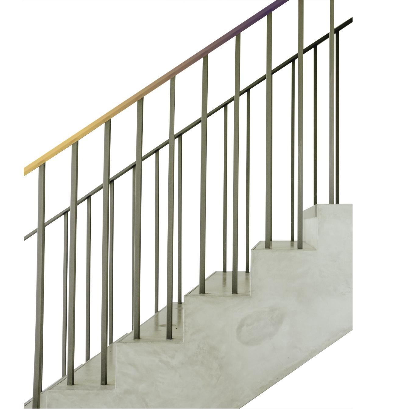 Ein Treppengeländer mit Lichpartikeln weißt den Weg