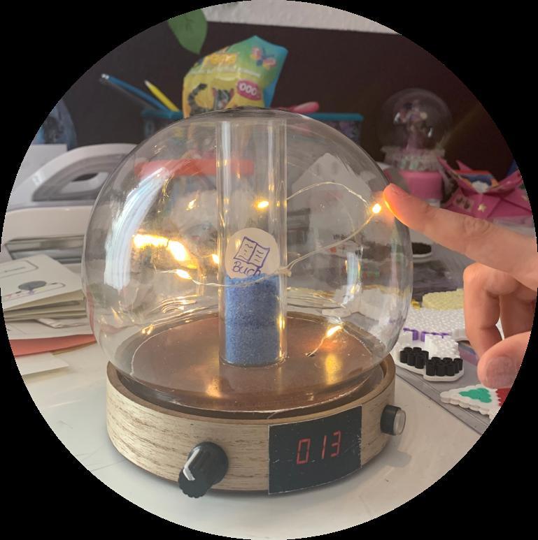 Foto einer prototypenhaften Acrylglas-Kugel