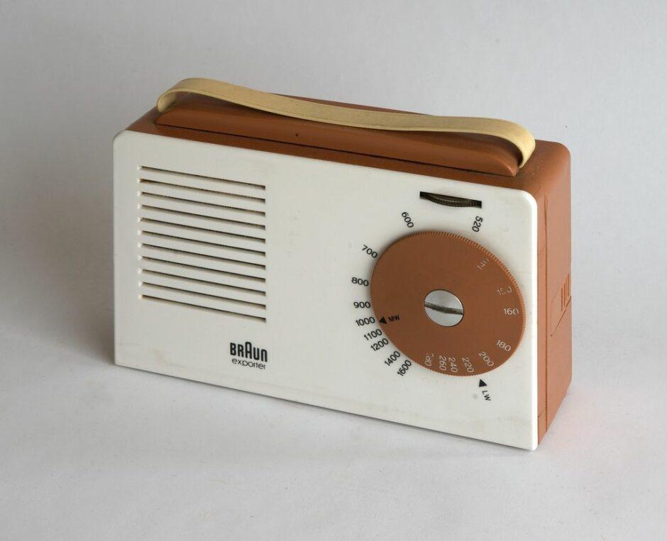 Braun Radio im Stil Ulmer Schule